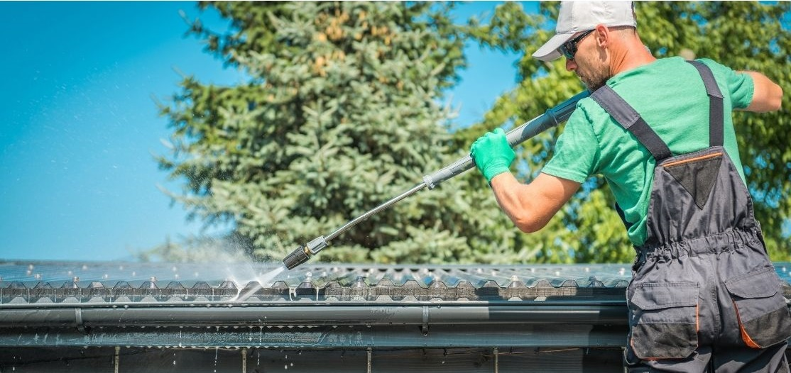 easiest way to clean gutters